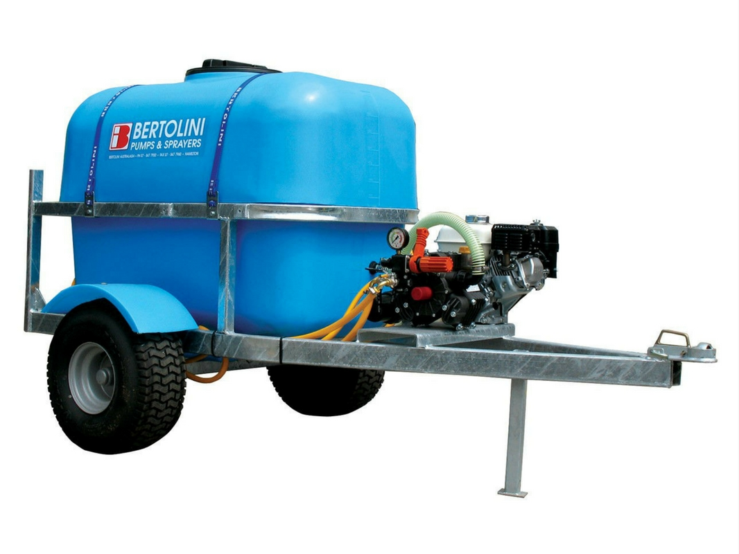 Ezi-Spray Trailed Sprayers - Engine Drive