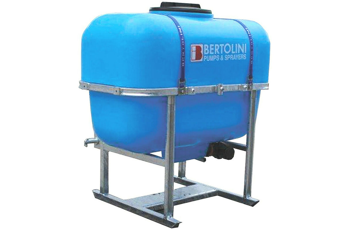 Bertolini Spray Tanks - Image 1