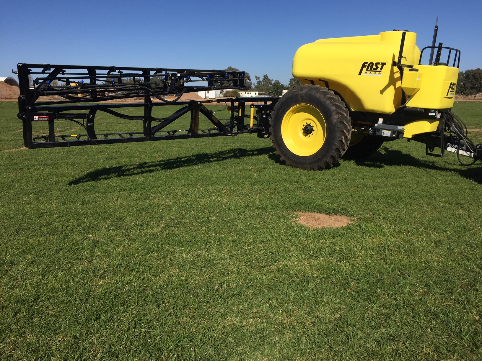 New Fast 5100 litre, 30 Metre boom - Image 2